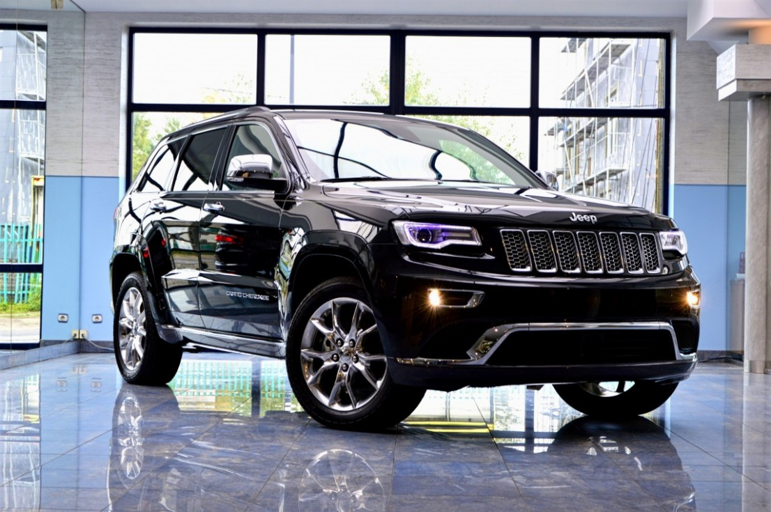 Jeep Grand Cherokee on offer of the Broler.Serwis showroom