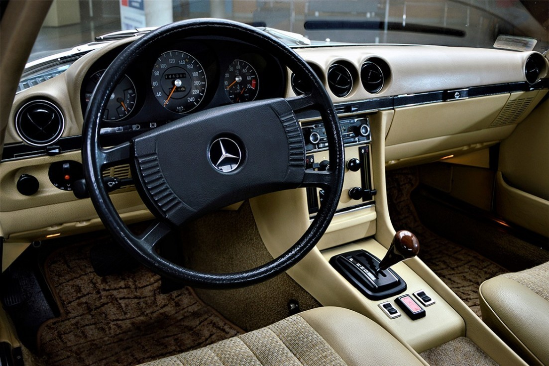 Oldtimer Mercedes-Benz W107 available in our showroom