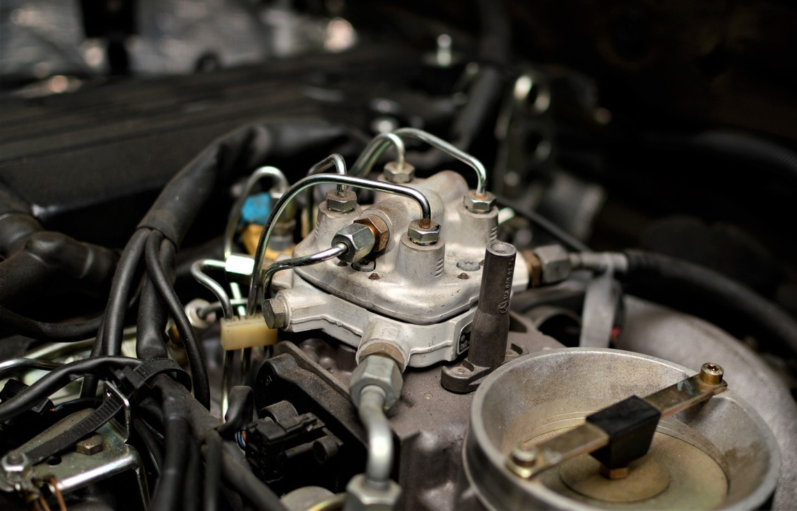 Mercedes-Benz M102 repair - injection system